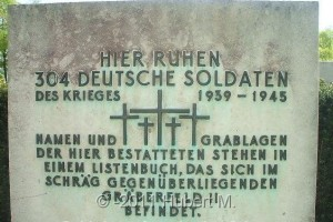 Regensburg Gräberfeld I Gedenkplatte 002