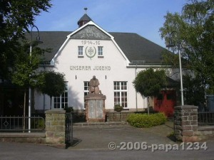 Denkmal Vlatten_papa1234-2006