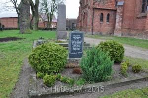 KGSt.Banzko,OFH,An der Kirche,12 deutsche Sold.5.UKS.27.04.2013 (4)